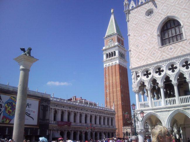 Le campanile de San Giorgio Maggiore