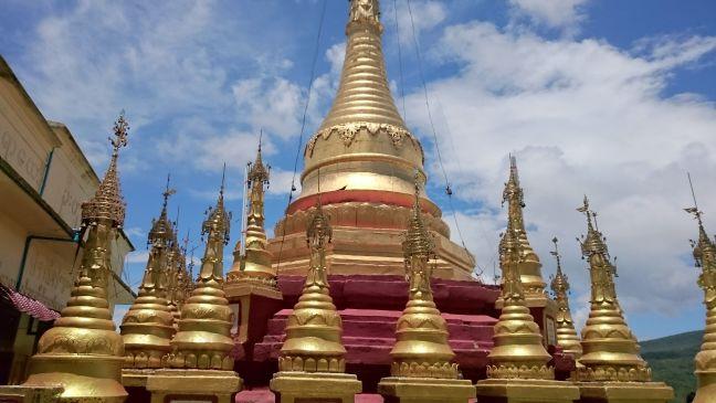 Mont Popa - Temple